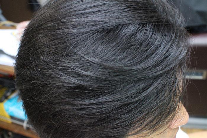 女性の「白髪ぼかし」