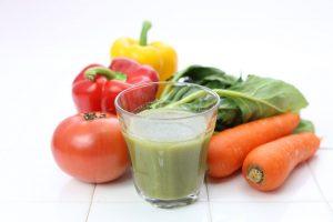 白髪予防に野菜ジュース