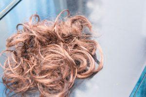 髪の毛ごわつき